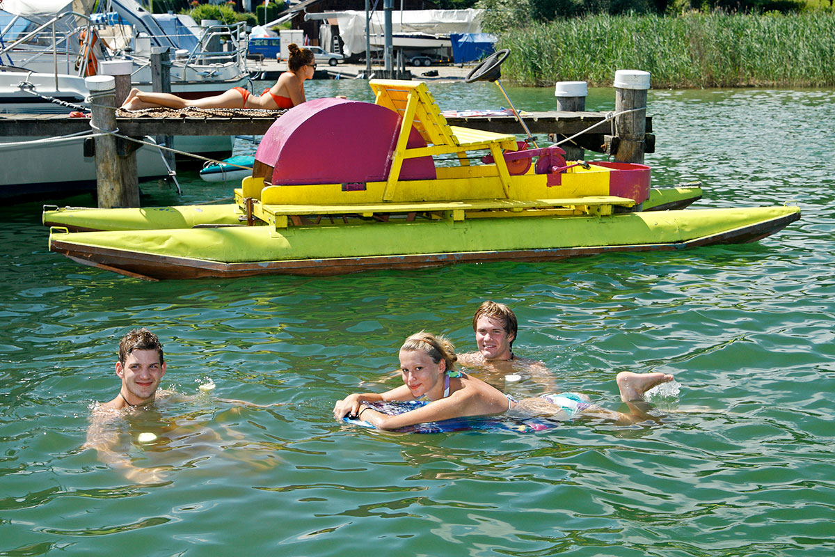 _EPP6095-baden-tretboot.jpg